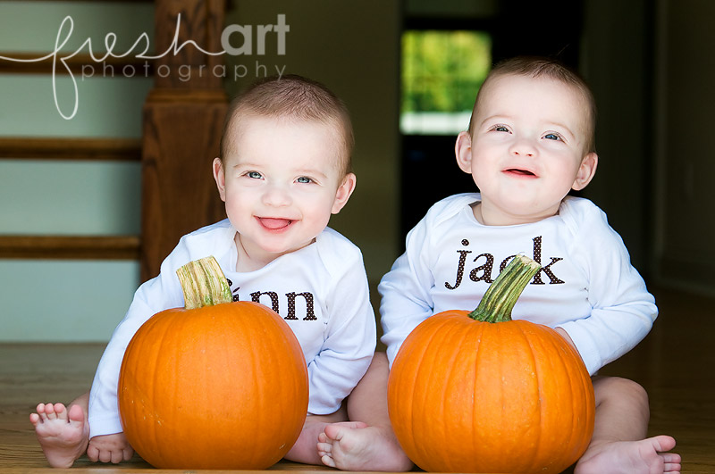 jack and finn six months {St. Louis twins photographers}